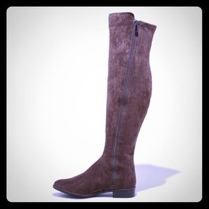 A new day Faux Suede knee high boot!!!Gorgeous 🤩